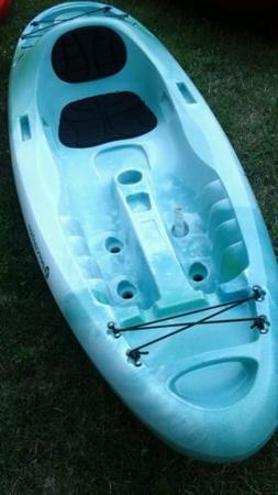 Perception Access 9.5  sit on top kayak.