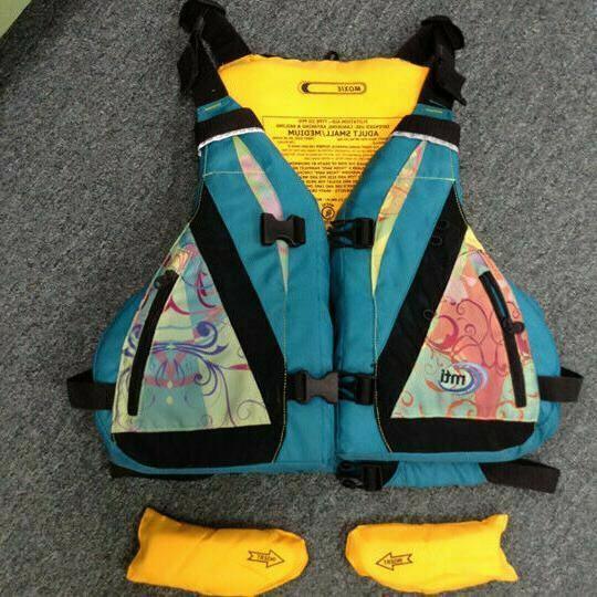 MTI PFD Adult Small Medium kayaking