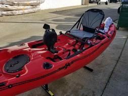 Pedal Fishing Kayak Mako 12 - Red