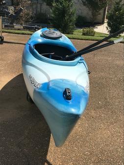 Old Town Vapor 12XT Kayak. Kayak and paddles have never be